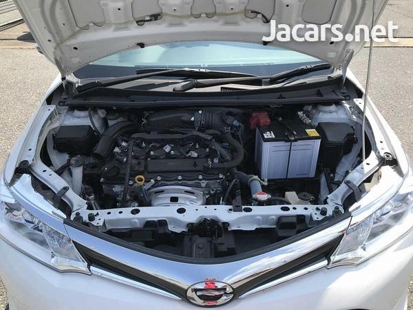 Toyota Axio 1,5L 2015-14