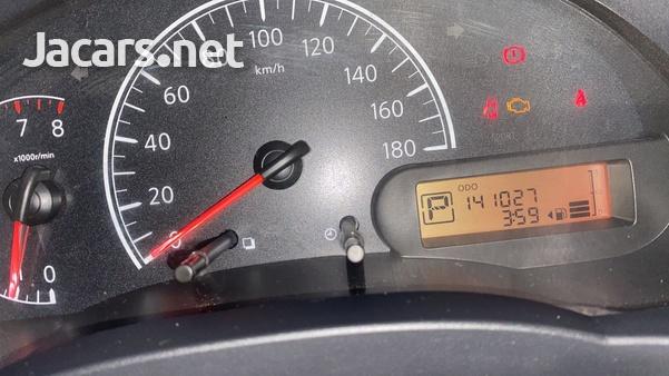 Nissan Latio 1,3L 2013-7