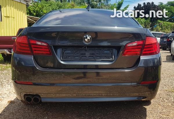 BMW 5-Series 3,0L 2013-4