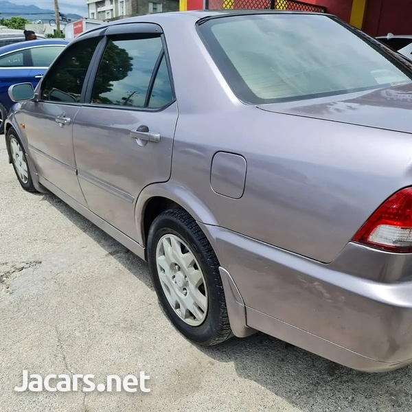 Honda Accord 2,0L 2001-4