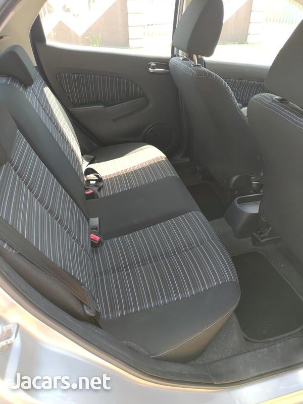 Mazda Demio 1,3L 2009-6