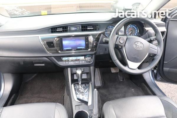 Toyota Corolla Altis 1,6L 2015-3