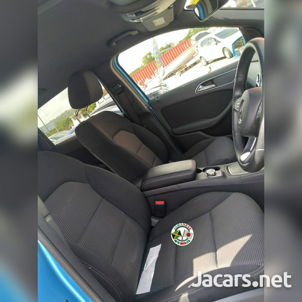 Mercedes-Benz B-Class 2,0L 2015-4