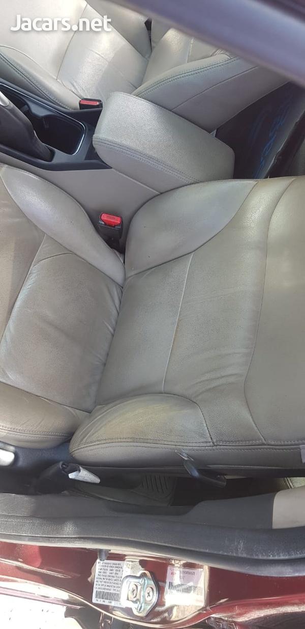 Honda Civic 1,5L 2013-4