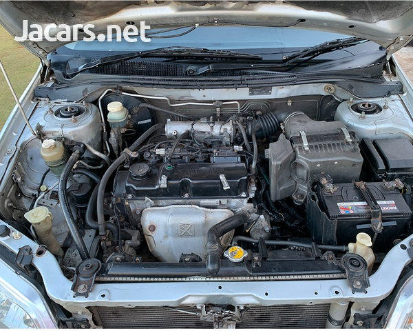 Mitsubishi Lancer 1,5L 2001-5