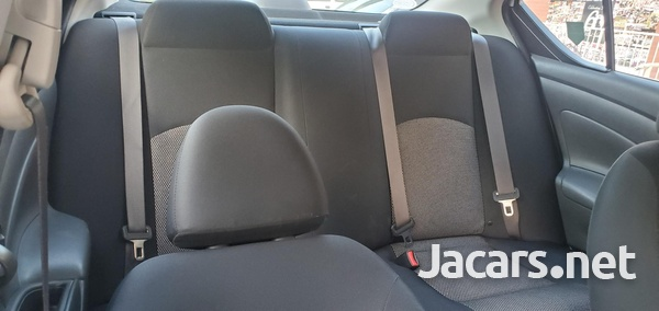 Nissan Latio 1,2L 2016-14