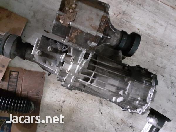 Suzuki Grand Vitara Used Parts-7