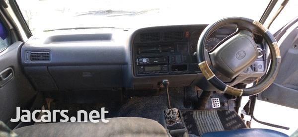 Toyota Hiace Bus 2,0L 1998-2
