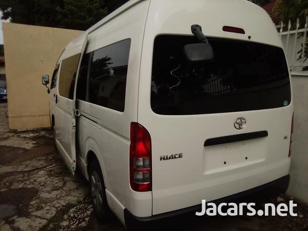 Toyota Hiace Bus 2,5L 2014-2