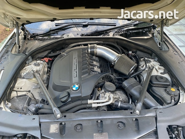 BMW 6-Series 3,0L 2013-7