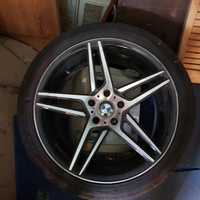 Bmw 19 inches rims And tyres