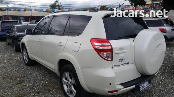 Toyota RAV4 2,1L 2012-1