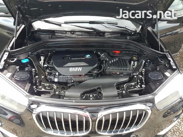 BMW X1 2,5L 2018-7