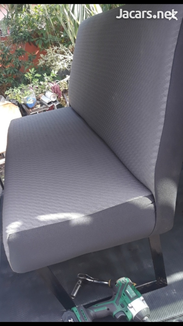 SEARCHING FOR BUS SEATS.CONTACT 8762921460-5