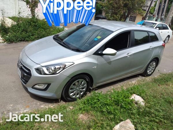 Hyundai i30 4,4L 2015-3