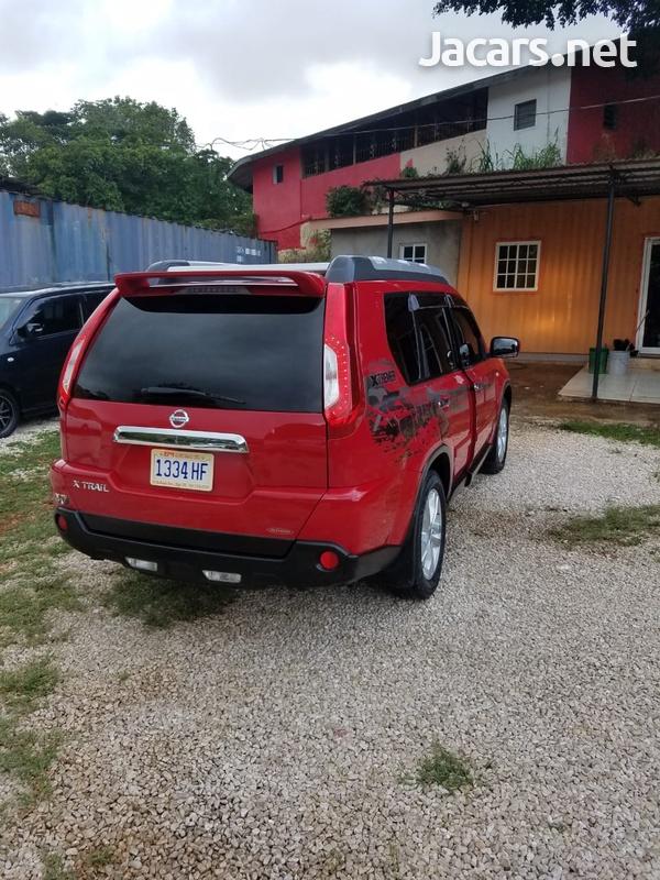 Nissan X-Trail 2,0L 2010-3