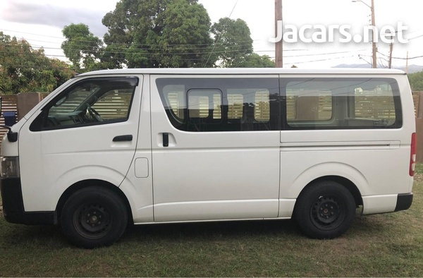 2017 Toyota Hiace Dx Bus-5