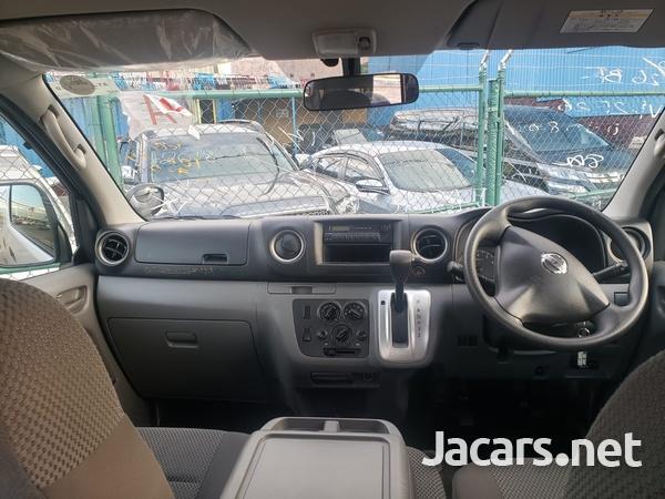 Nissan Caravan 2,5L 2016-5