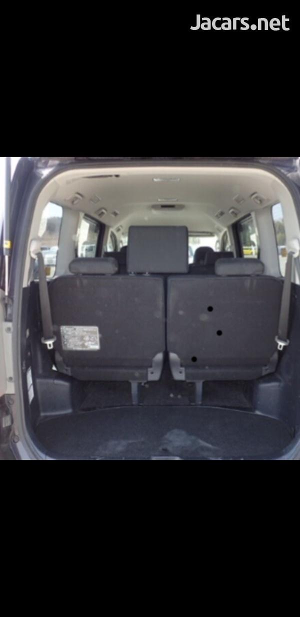 Honda Stepwgn 2,0L 2013-13