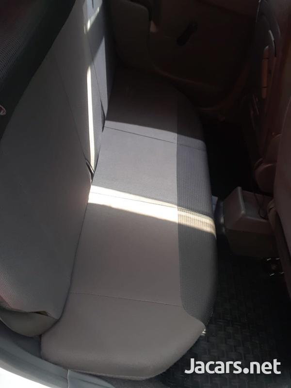 Nissan AD Wagon 1,5L 2012-3