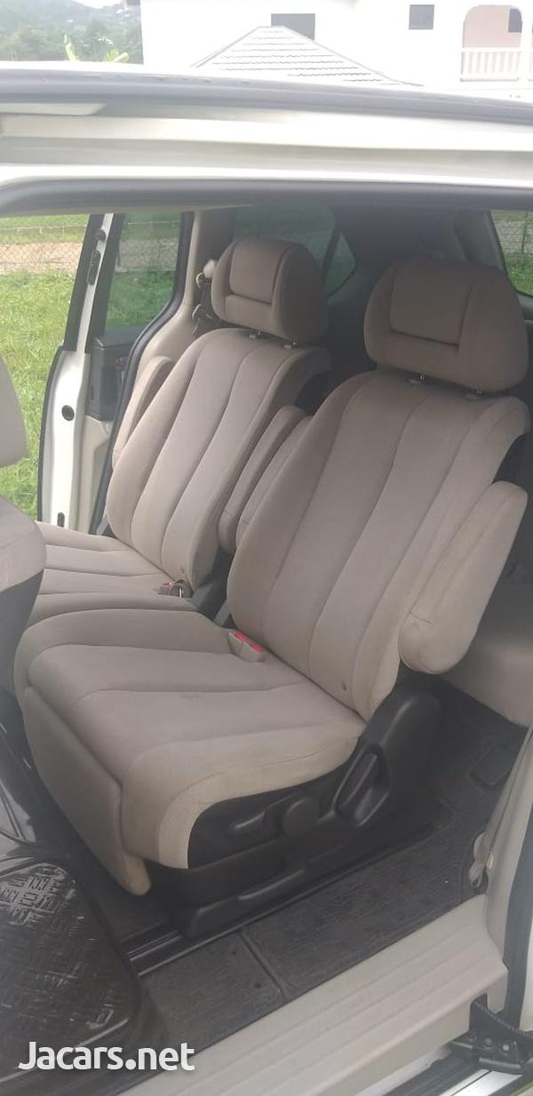 Mazda MPV 2,3L 2007-6