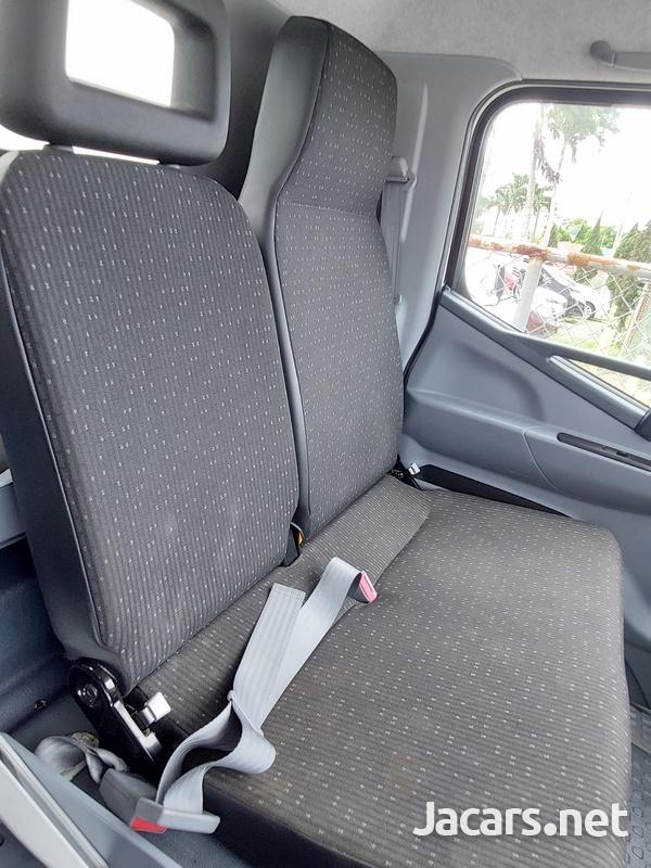 Mitsubishi Canter 3,0L 2016-7