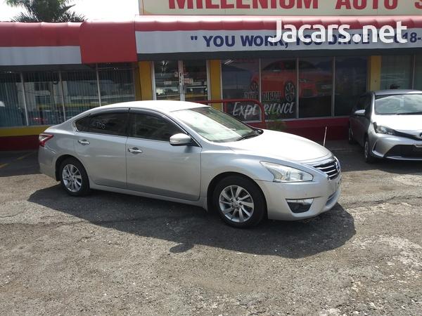 Nissan Teana 2,4L 2017-12