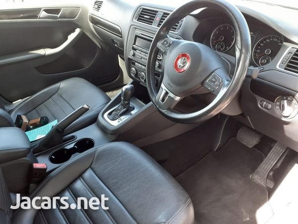 Volkswagen Jetta 2,0L 2014-13