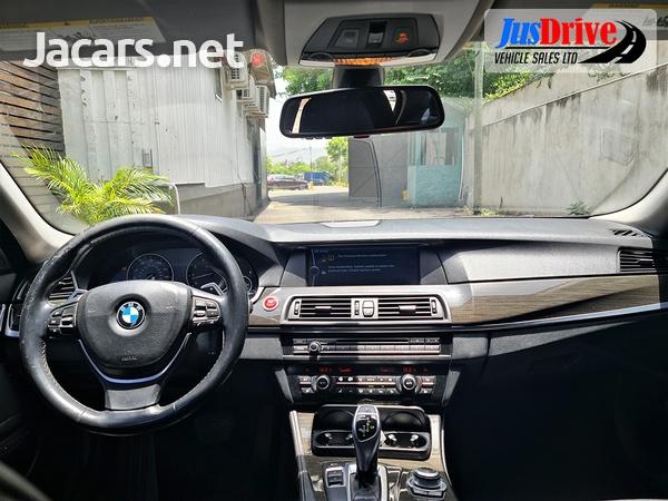 BMW 5-Series 3,0L 2011-10