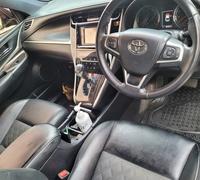 Toyota Harrier 2,0L 2014