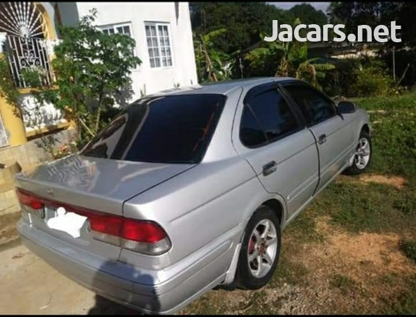 Nissan Sunny 1,4L 2001-5
