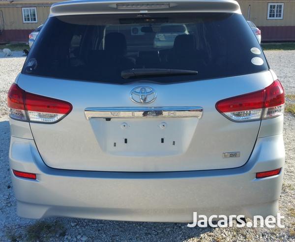 Toyota Wish 1,4L 2011-6