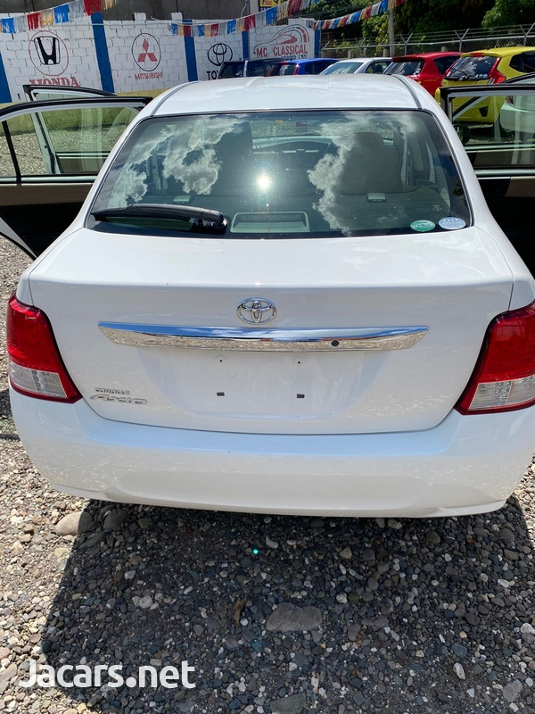 Toyota Axio 1,5L 2012-11