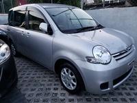 Toyota Sienta 1,6L 2014