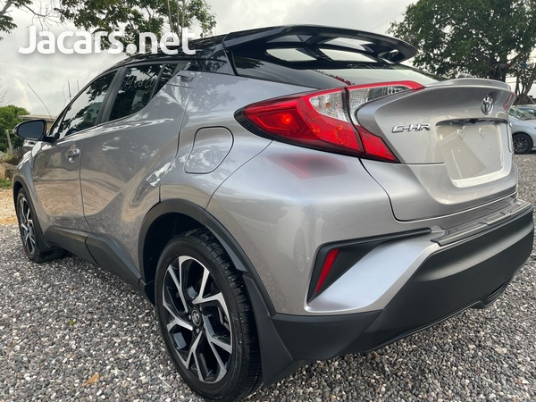 Toyota C-HR 2,0L 2019-4