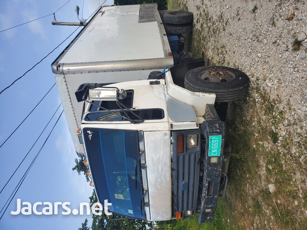 1996 Ford Cargo Truck-3