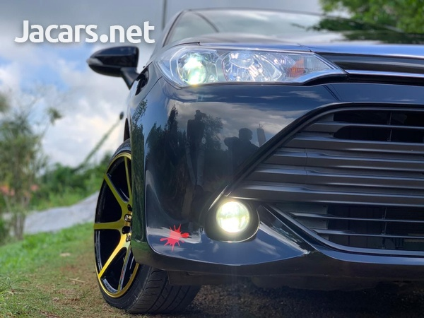 Toyota Axio 1,4L 2016-7