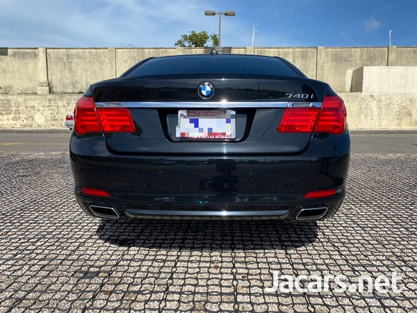 BMW 7-Series 3,0L 2012-2