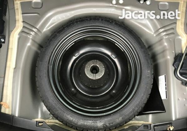 Toyota Vitz 1,0L 2016-12