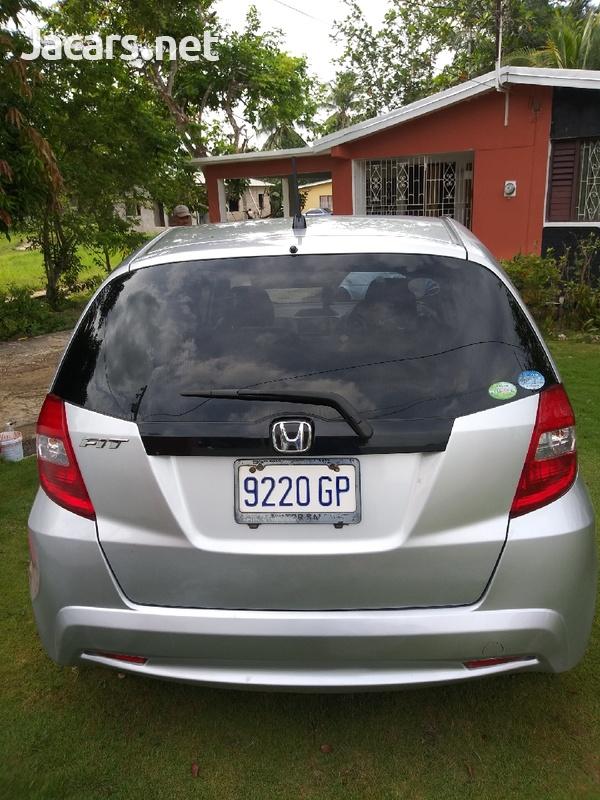 Honda Fit 1,3L 2011-3