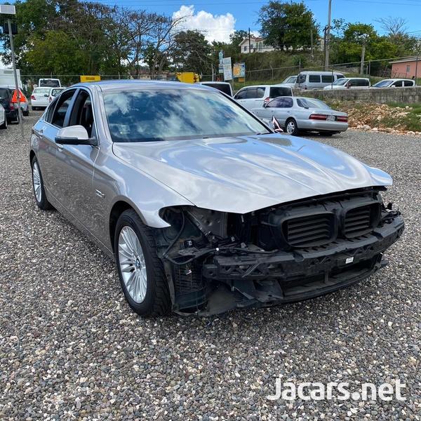 BMW 5-Series 2,0L 2014-3