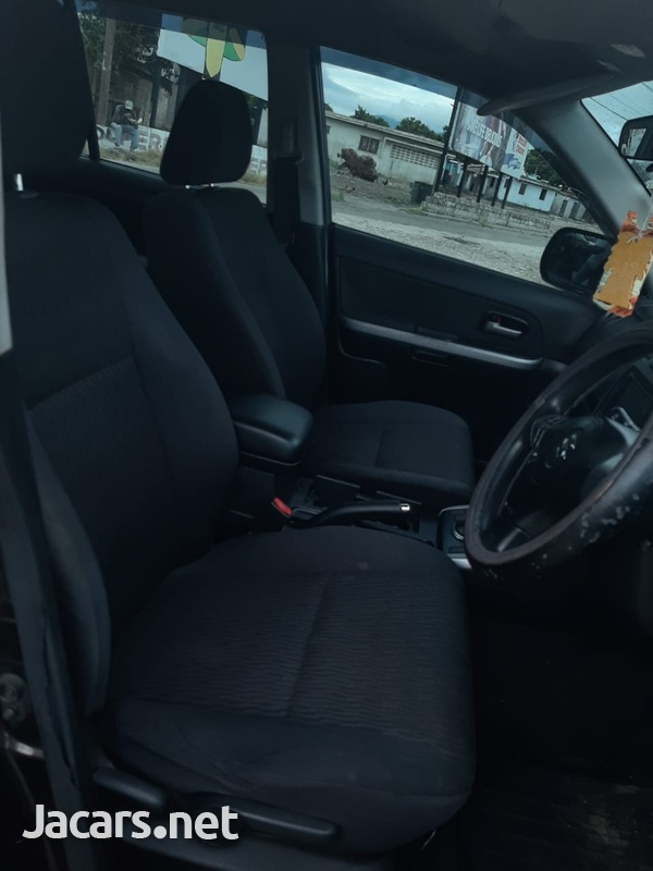 Suzuki Vitara 2,0L 2014-5