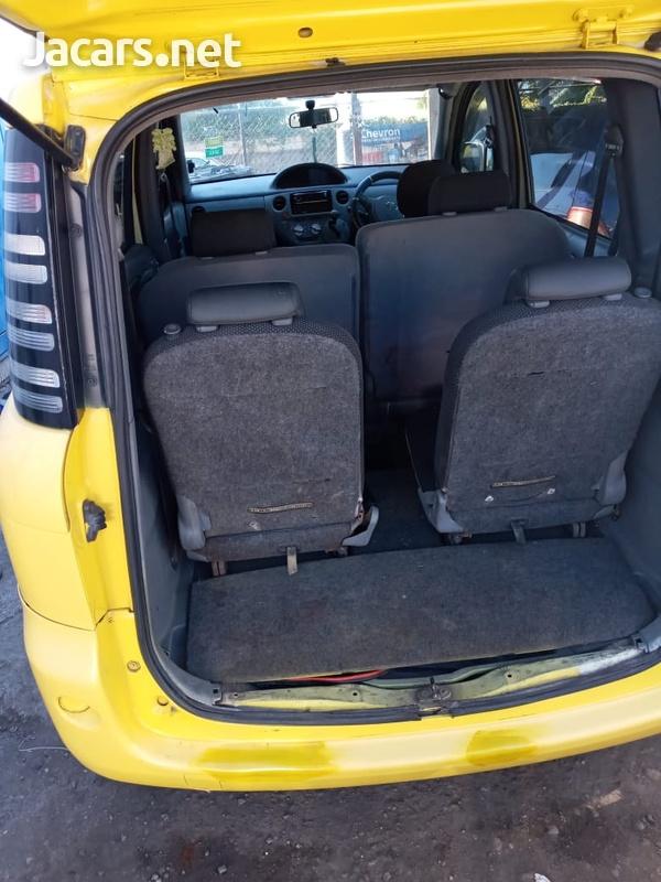 Toyota Sienta 1,8L 2006-2