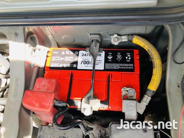2013 Toyota Hiace Super GL-14