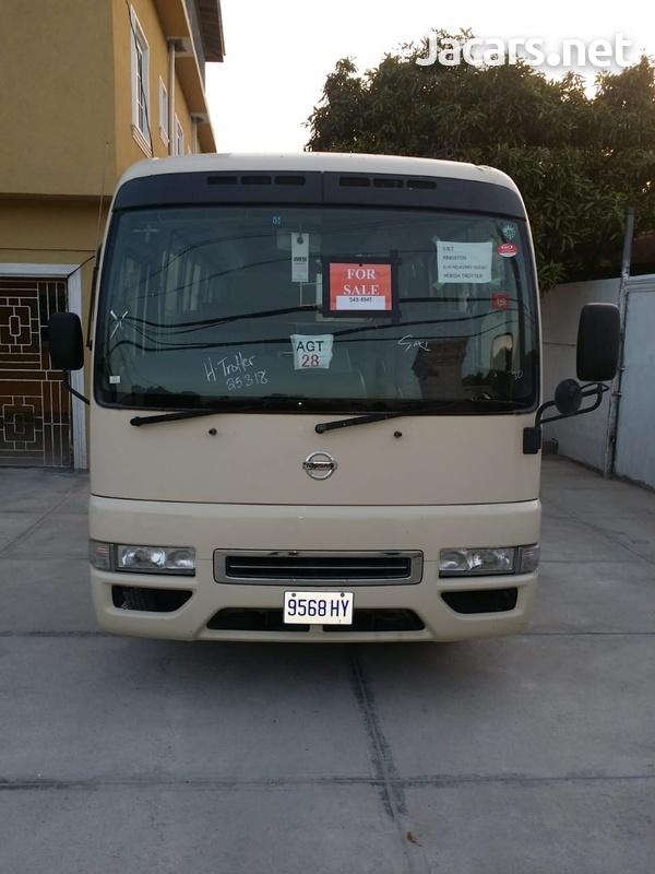 2006 Nissan Civilian Bus-1