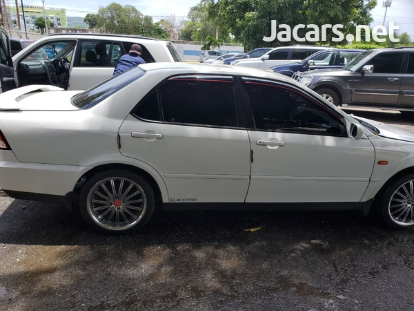 Honda Accord 1,8L 2001-1