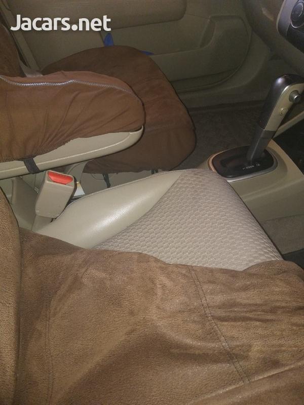 Nissan Tiida 1,5L 2010-3