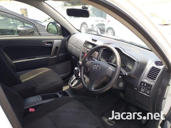 Toyota Rush 1,5L 2015-4
