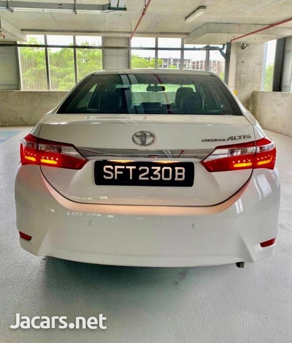 Toyota Corolla Altis 1,8L 2015-2