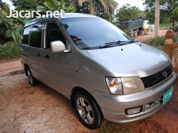Toyota Town Ace 2,0L 1999-8
